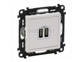 Legrand Valena Life Зарядное устройство с двумя USB-разьемами 240В/5В 1500мА С лицевой панелью Белое