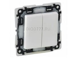 Legrand Valena Life IP44 Выключатель двухклавишный 10А 250В IP44 с лицевой панелью Безвинтовые зажимы Белый