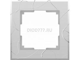 WL06-Frame-01 / Рамка на 1 пост (серебряный)