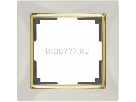 WL03-Frame-01-ivory-GD / Рамка на 1 пост (слоновая кость / золото)